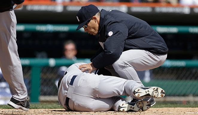 Eduardo Nunez was hit by a pitch in the fourth inning of Friday's game against the Tigers.