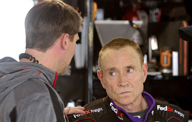 Denny Hamlin conferred with Mark Martin during practice at Martinsville.