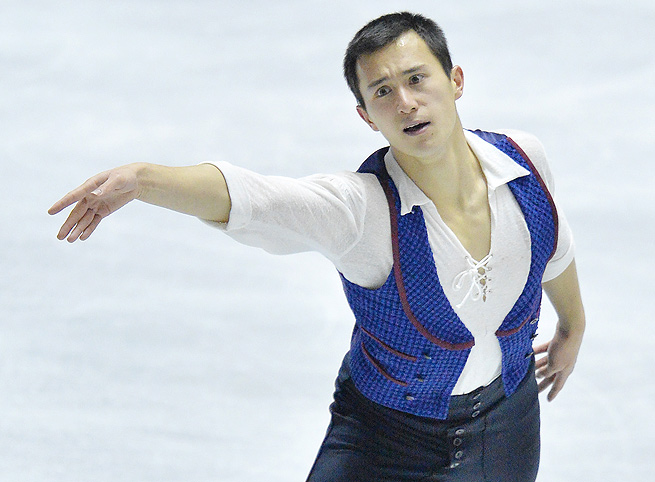 Patrick Chan uncharacteristically fell three times during his free skate program at World Team Trophy.