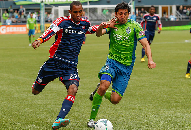 The Revolution's Jerry Bengtson couldn't break the deadlock in a 0-0 ties against the Sounders.