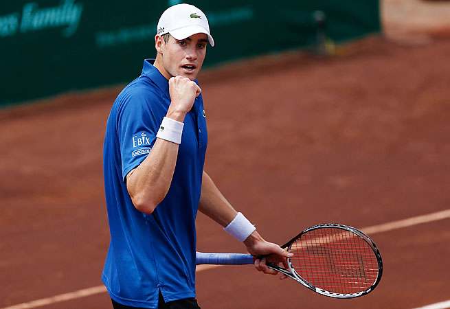 John Isner won his first career clay-court title on the ATP Tour.