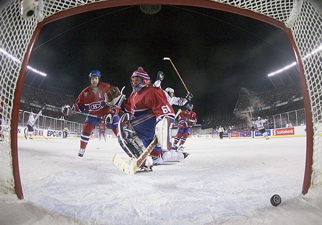 The 2014 Winter Classic will be the biggest edition yet as the outdoor game trend keeps growing.