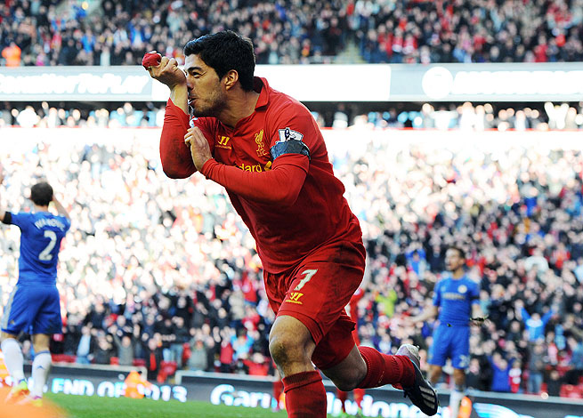 Luis Suarez followed a moment of madness against Chelsea with one of brilliance as he scored a late tying goal.