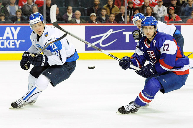 Finnish winger Miikka Salomaki (left) was the Predator's second-round selection in the 2011 draft.