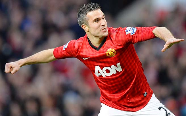 Robin van Persie and Manchester United clinched the title with a win over Aston Villa on Monday.