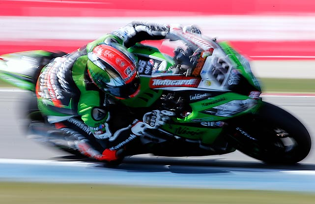 Tom Sykes of Great Britain speeds just inches above the pavement as he wins the the World Superbikes Race 1 for Kawasaki Racing Team in Assen, Netherlands on April 28.
