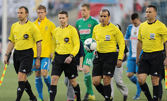 MLS referees (such as Baldomero Toledo, second from right) have been unionized since last year.
