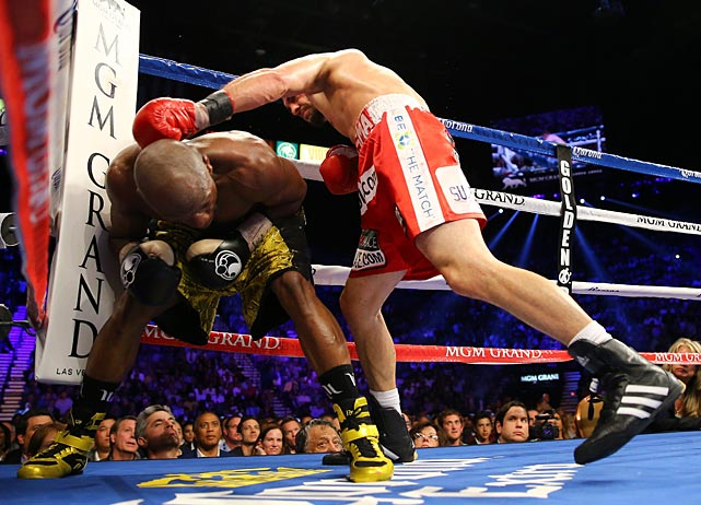 """Floyd's a great defensive fighter. I thought I was going to catch him,"" Guerrero said after the bout."