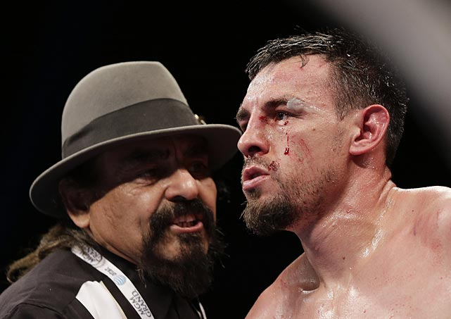 Guerrero's father and trainer, Ruben, was fighting a losing battle.