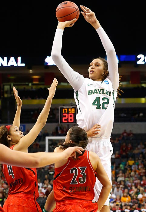 Notable: Became the first NCAA player, male or female, to total 2,000 points and 500 blocked shots; she also holds the NCAA career record for dunks during women's competition.