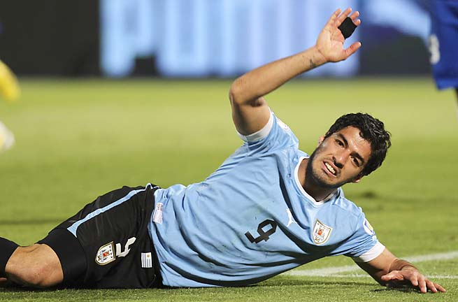 Luis Suarez and Uruguay would not make the World Cup if the standings hold.