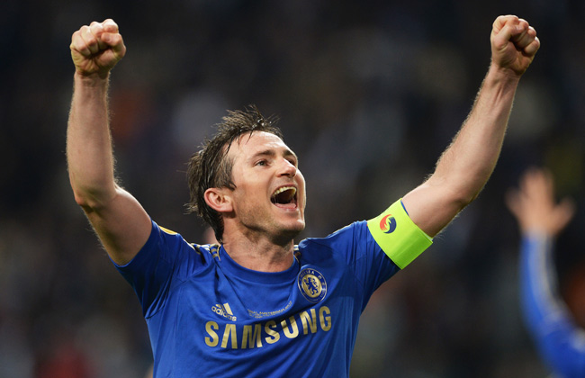 Captain Frank Lampard celebrates Chelsea's late 2-1 win over Benfica in the Europa League final.