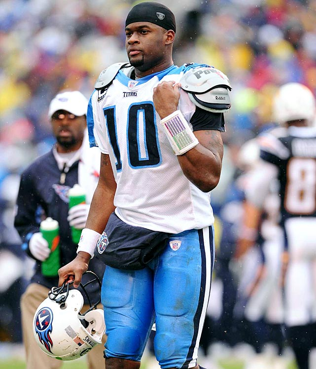For a guy who won Offensive Rookie of the Year in 2006 and was named to two Pro Bowls, Vince Young sure did fade quickly. His tumultuous final years in Tennessee and inability to overcome attitude problems are part of the reasons he's on the list.