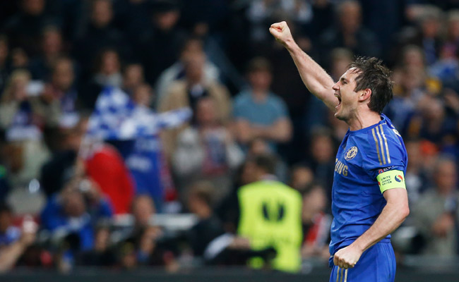 Frank Lampard celebrates Chelsea's victory in the Europa League final against Benfica.