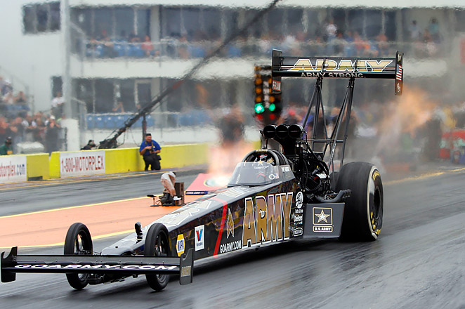 Schumacher topped the field with his 3.769-second run at 326.08 mph in the NHRA Kansas Nationals.