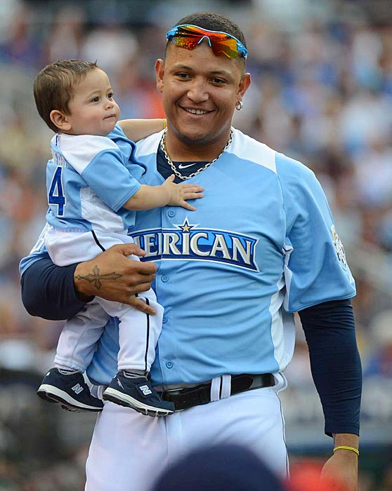 Cabrera with one of his children at the 2012 Home Run Derby.