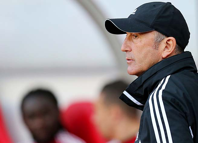 Tony Pulis led Stoke City to a 13th-place finish in the Premier League.