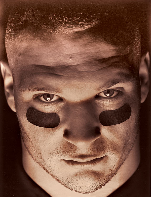 Brian Urlacher, the 2000 Defensive Rookie of the Year, 2005 Defensive Player of the Year and eight-time Pro Bowler, announced his retirement on Wednesday, May 22, 2013. Here's a look at some of Sports Illustrated's classic shots of the Bears linebacker throughout his NFL career.