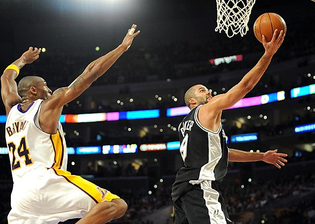 Parker lays up a shot past Kobe Bryant during a January 2009 regular season game.
