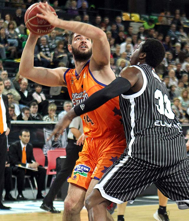 Dubljevic has been productive for Valencia in Spain's highly regarded ACB League. His strength is his ability to stretch the defense with his perimeter shooting. Whether he can defend in the NBA despite a lack of athleticism remains to be seen.