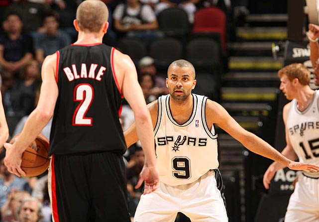 Parker guards Portland's Steve Blake during a 2009 regular season game in San Antonio.
