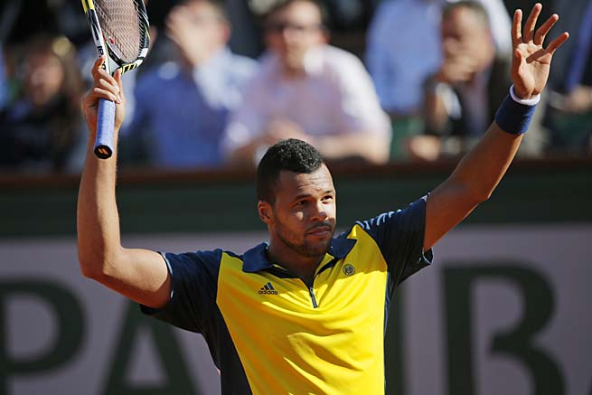 Jo-Wilfried Tsonga will face No. 4 David Ferrer in the French Open semifinals.
