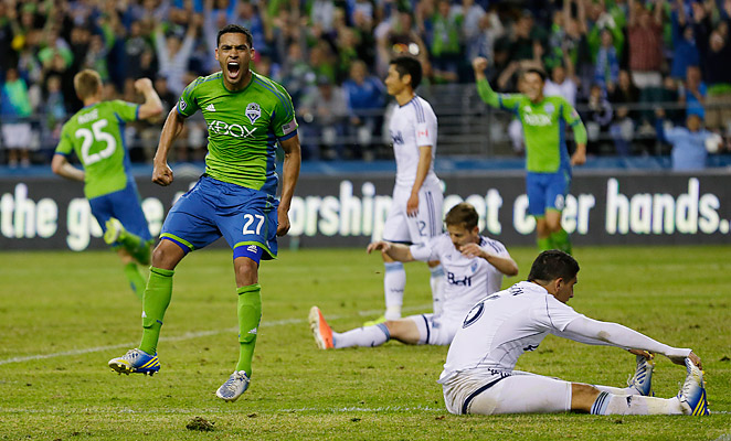 Lamar Neagle scored the winning goal for the Seattle in a 3-2 Cascadia Cup triumph over Vancouver.
