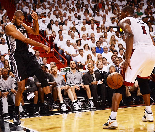 On a night when he missed 10 of his 13 shots, Tim Duncan did come up with this heads up play by throwing the ball off Chris Bosh before stepping out of bounds.