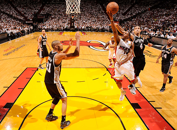 With openings for LeBron James limited, Mario Chalmers led the Heat with 19 points in a Game 2 win.