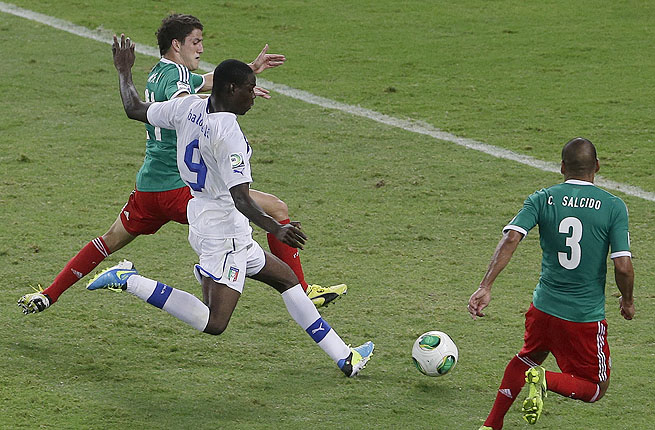 Mario Balotelli bullied past two defenders to score the go-ahead goal in the 78th minute against Mexico.
