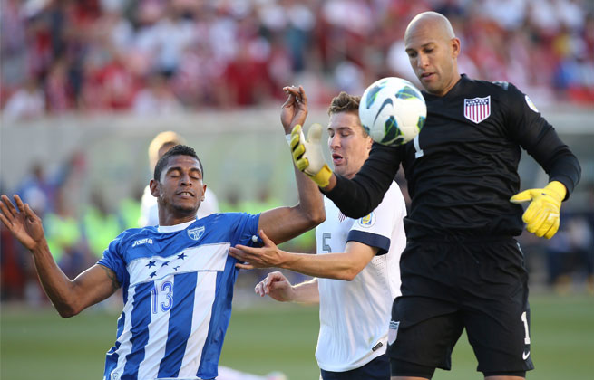 Tim Howard didn't have to be the hero in the win against Honduras, but he made stops when necessary.