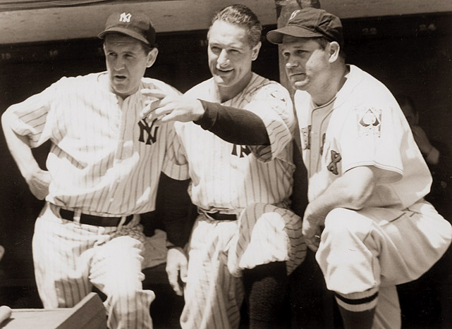 Lou Gehrig discusses Yankee Stadium's oddities with Lefty Gomez (left) and Jimmy Foxx before the All-Star Game on July 11, 1939.