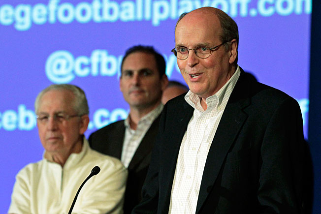 Bill Hancock told reporters it's unlikely the selection committee will use the 2013 season for a trial run.