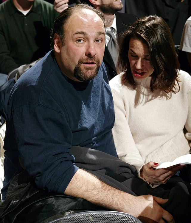 James Gandolfini watches the New York Knicks game against the San Antonio Spurs at Madison Square Garden in New York City. The Knicks lost 77-67.