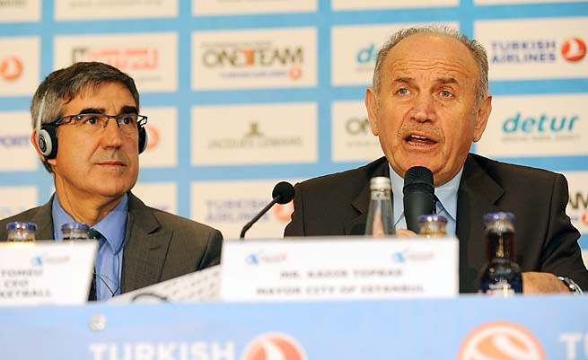 Kadir Topbas (right) talks during the Turkish Airlines Euroleague Final Four presentation last year.