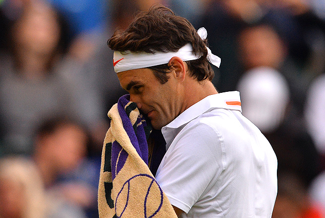Roger Federer suffered his first loss before the quarterfinals of a Grand Slam since the 2004 French Open.