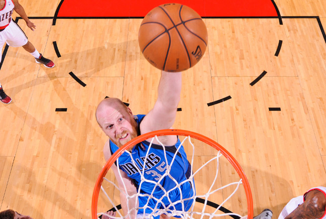 Chris Kaman is returning to Los Angeles after playing for the Clippers from 2009-10.