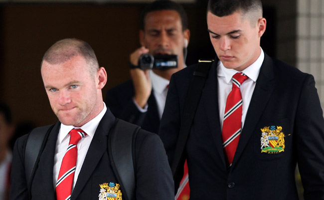 Wayne Rooney spent just one day in Thailand before leaving Manchester United's tour because of injury.