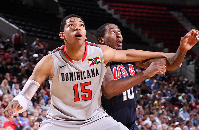 While playing on the Dominican national team, Karl Towns Jr. built a strong relationship with coach John Calipari.
