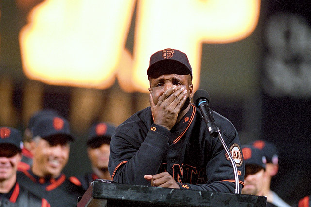 McGwire's reign as single-season home run champion didn't last long. Barry Bonds took the crown away with this first-inning home run off Los Angeles' Chan Ho Park. In the third inning, Bonds tagged Park again for No. 72 and would end the season with 73.