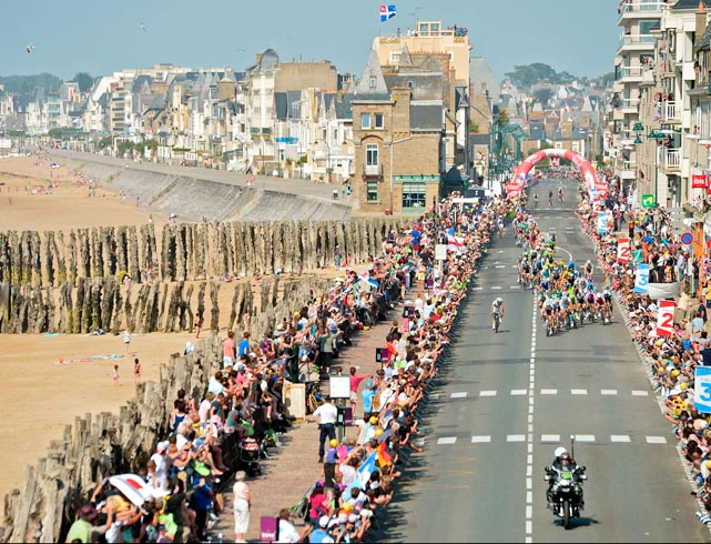 A wide-angle view of Tour de France riders in Saint Malo for the race's 10th stage on July 9.