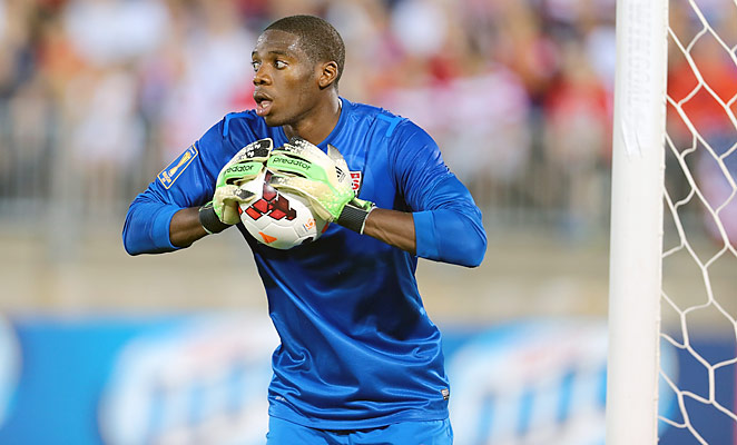 Sean Johnson made several key saves that helped the U.S. to a 1-0 win over Costa Rica on Tuesday.