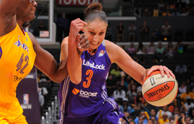 Diana Taurasi had 32 points to snap the Sparks' 19-game regular season home winning streak.