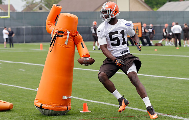 Barkevious Mingo signed a deal worth over $16 million with the Cleveland Browns.