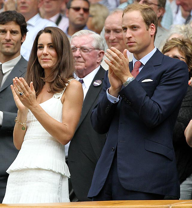 Prince William and Kate Middleton applaud Andy Murray during his Wimbledon match against Richard Gasquet.