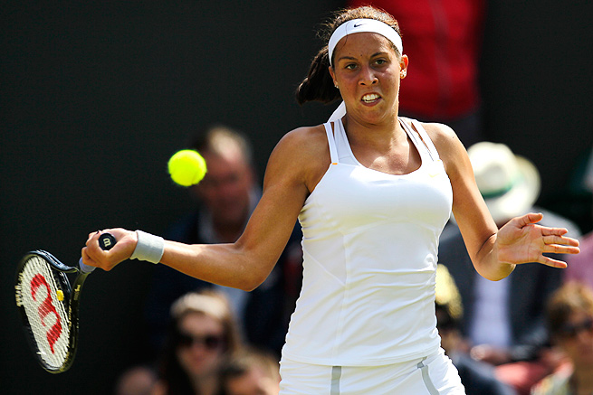 Madison Keys beat Magalena Rybarikova in straight sets in the first round of the Bank of the West Classic.
