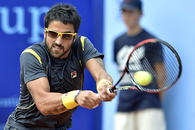 Janko Tipsarevic, who won in Gstaad last year, fell to Robin Haase 6-2, 6-2 in the second round.