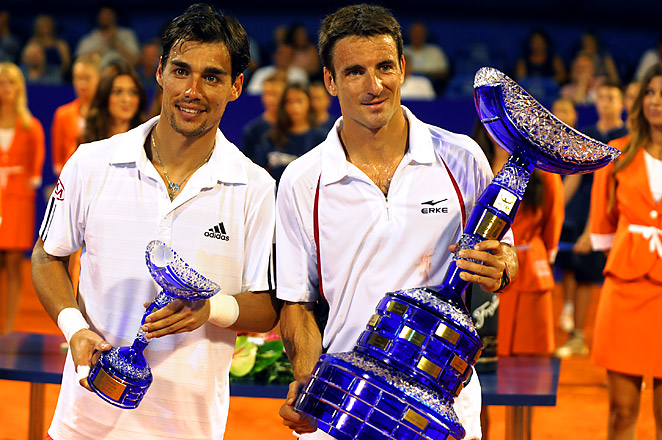 Spain's Tommy Robredo (right) won his 12th career title, and 11 of those wins have been on clay.