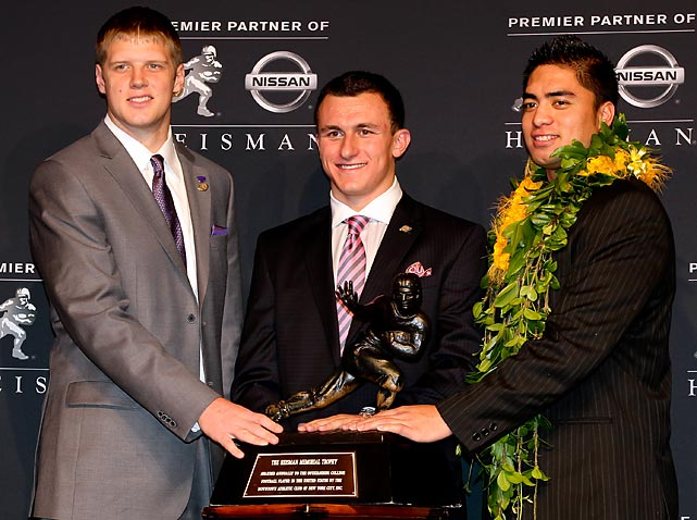 Heisman finalists Collin Klein, Manziel and Manti Te'o pose with the Heisman Trophy.
