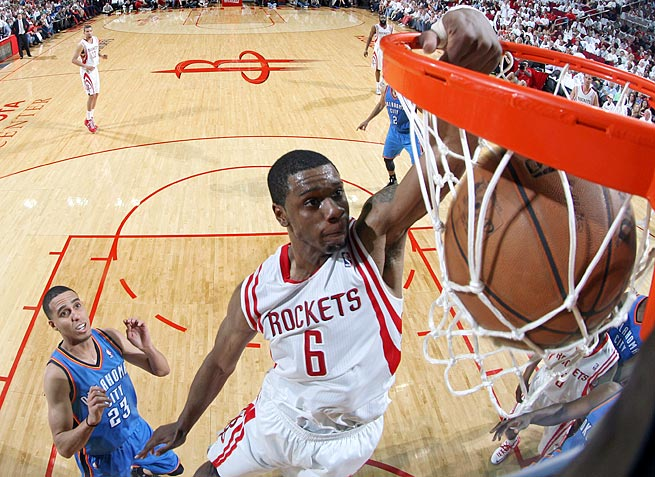 Rockets forward Terrence Jones has pleaded not guilty to harassing a homeless man in Portland.